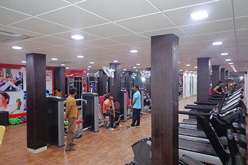 Effe Ledlights Installation at Reva Fitness